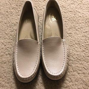 Last day SALE!! SAS elegant loafers